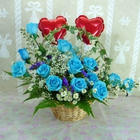 Blue Roses Arrangement with Heart-Shape Balloons