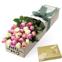 Roses & 125g Lindt Chocolates